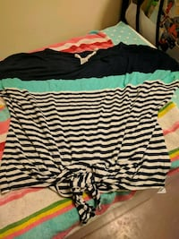 black and white striped scoop-neck shirt Saint Catharines