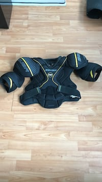BAUER Hockey Chest / Shoulder pads Adult (Size = Med) Toronto, M1L