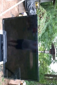 Emson flat screen Stockbridge, 30281
