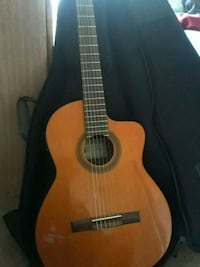 brown classical guitar with case Escondido, 92026