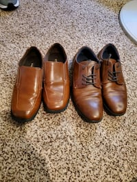 Kids dress shoes size 4 and 5.5