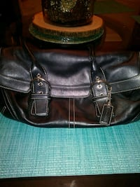 Barely used coach purse Middletown, 40243
