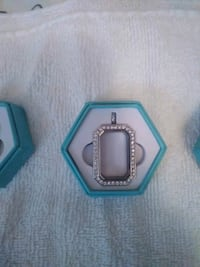 two silver and blue gemstone rings in box Brownsville, 78520