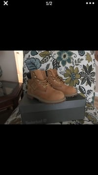 pair of brown leather work boots Alexandria, 22309