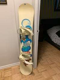 Snowboard with boots, bindings and bag like new! Toronto, M4Y 1N3