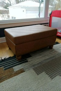 Leather ottoman Chicago, 60643