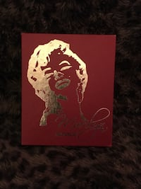Rare Marilyn Monroe Holographic cards