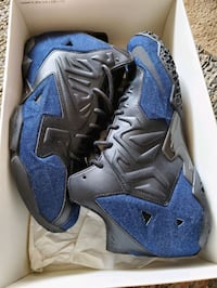Lebron James XI EXT Denim QS size 10 NEW