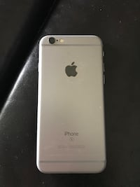 Silver iphone 6 with box Grimsby, L3M 3M9