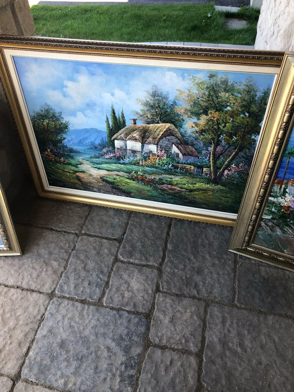 Paintings and portraits  dc0bbf73-8230-4093-8f93-dfc7a3c1c7b1