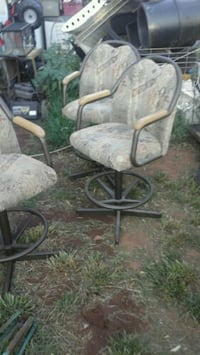Tall kitchen chairs $5 a piece Oklahoma City, 73129