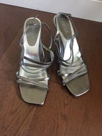 women's shoes Dressy leather Sandals Size 9.5 Burnaby, V5G