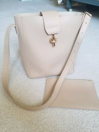 Leather Bucket Tote Bag + Pouch Surrey, V3Z