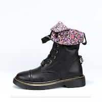 HEIKE VEGOS BRITISH DESIGN LACE UP LEATHER ANKLE BOOTS IN BLACK
