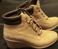 Timberland women's wedge boots size 9.5 no low offers  Brooklyn Park