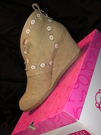 brown leather wedge bootie with pink box Syracuse, 13208