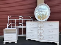 Gorgeous White With Gold Accent Full Size Bedroom Set Manassas