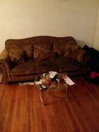 Used brown and black couch Martinsburg, 25401