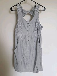 Super cute dress size L Great condition Toronto, M6N 1S1