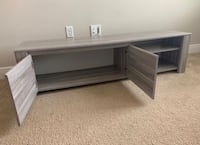 Gorgeous Modern TV Stand Like New ! Kissimmee, 34758