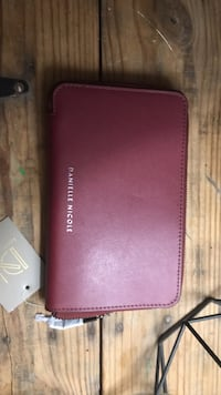 pink leather Michael Kors wallet Mississauga, L5G 3A8