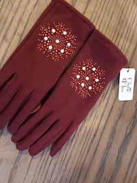 Brand new maroon Gloves Calgary, T2S 3G4