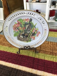 birds on nest surrounded by flowers decorative plate Winchester, 22601