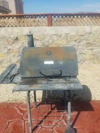 CHAR-BROIL CHARCOAL BARREL GRILL El Paso, 79938