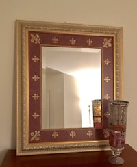 "Mirror 31"" width X 37"" height. Purchased at Union lighting. Like new. Paid 199$ Montréal, H1J"