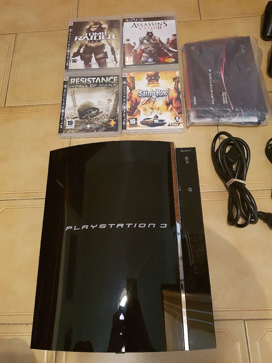 Consola Sony PS3 Fat 60 Gigas con Extras - Ourense