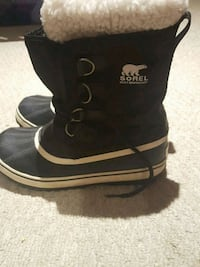 pair of black Sorel boots  Windsor, N8X 4A4