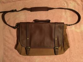 NEW MARLBORO CLASSICS 2005 LEATHER MESSENGER-BRIEFCASE BAG $60 EACH