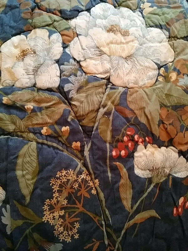 King size quilted beadspread