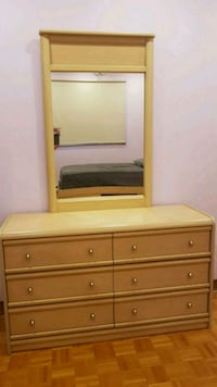 Dresser with mirror made in Canada Montreal, H4K 1T9