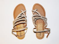 Cute brown sandals, pattern wrap St. Louis
