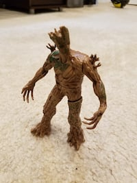 Marvel Guardians of the Galaxy Galactic Battlers Groot Action Figure Springfield