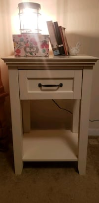 Pottery barn night stand