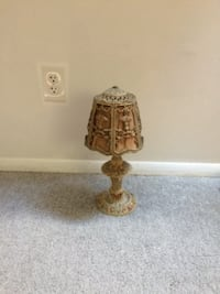 Antique rose lamp  [PHONE NUMBER HIDDEN]  $100 or best offer HAVREDEGRACE