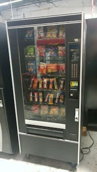 Crane snack vending machine fully working  Gaithersburg, 20879