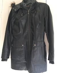 Beautiful perfect condition Danier Leather winter lined jacket size medium  Vaughan, L4J 4W2