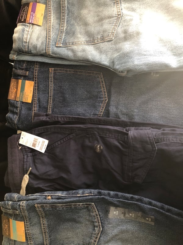 Pants brand new size 16.. 173f514b-6808-496d-bb55-6660a7fc6fe8