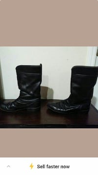 Pair of Justin black boots size-10 & A half D wide