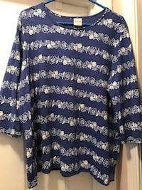 Like New... Blair 2XL Floral Top Winchester, 22602