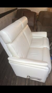 RECLINER LEATHER  Oxon Hill, 20745