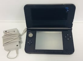 NINTENDO 3DS XL BLACK WITH  CHARGER
