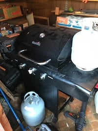 Nice charbroil grill with pro pane Knoxville, 37916