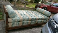 Antique Daybed Lacombe, 70445