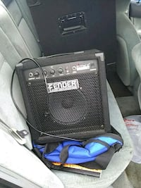 Amp with speaker with mic cord Pinellas Park, 33781