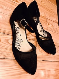 Black Flats size 7 New York, 11355