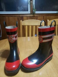 Rubber boots size 2/3
